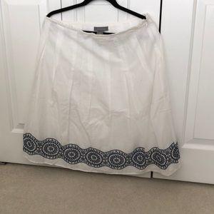 Ann Taylor white full skirt w/ blue embroidery